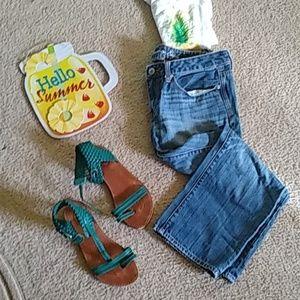 Women's jean capris